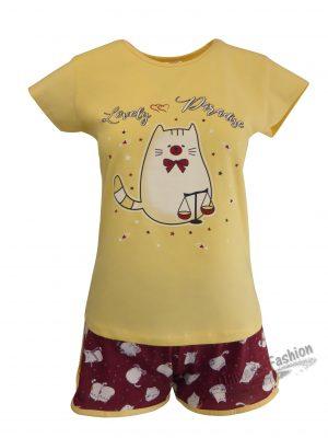 Pijama dama, bluza galben cu imprimeu pisica, pantaloni scurti grena cu imprimeu pisici