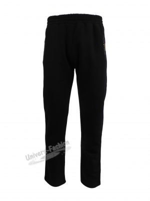 Pantaloni trening barbat, culoare neagra, vatuit la interior, cu 2 buzunare laterale cu fermoare și un buzunar la spate cu fermoar