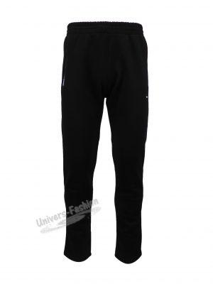 Pantaloni trening barbat, vatuit la interior, culoare neagra cu 2 buzunare laterale cu fermoare și un buzunar la spate cu fermoar