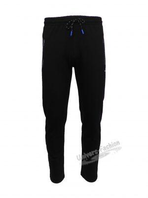 Pantaloni trening barbat, 2 buzunare laterale și un buzunar la spate cu fermoare, culoare neagra, regular fit