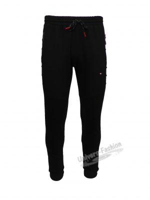 Pantaloni trening barbat, 2 buzunare laterale și un buzunar la spate cu fermoare, culoare neagra, slim fit