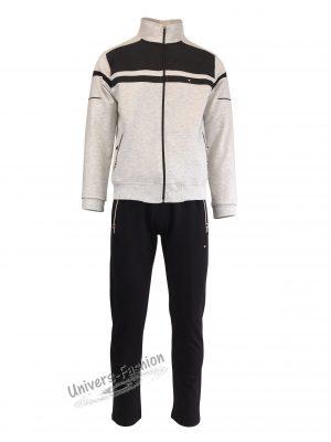Trening barbat, jacheta culoare gri deschis, cu 2 buzunare cu fermoare, pantaloni negru cu 3 buzunare cu fermoare